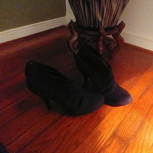 Suede heels ankle boots